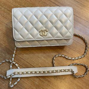 Chanel Classic Wallet %100 Authentic Leather Bag